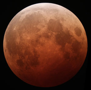 Eclipse Of The Moon - Oct 8, 2014