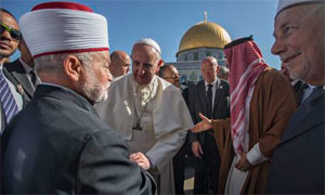 Pope Francis greets the mufti